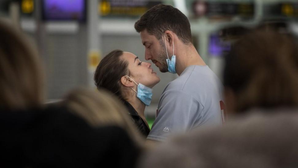 «Ο έρωτας στα χρόνια του Κορωνοϊoύ»: Σειρά για την πανδημία στην Τσεχία